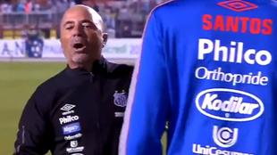 Sampaoli se cruzó con Zago tras Santos vs Red Bull