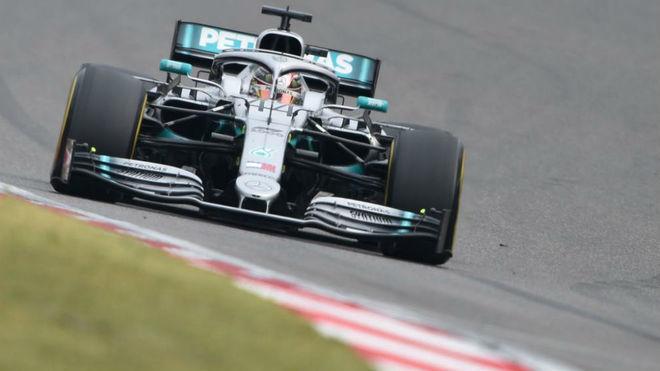 """Lewis Hamilton cauto: """"Creo que Ferrari no está logrando todo su..."""