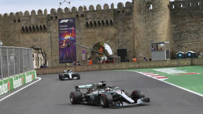 Los Mercedes con la misión de asegurar la punta del campeonato