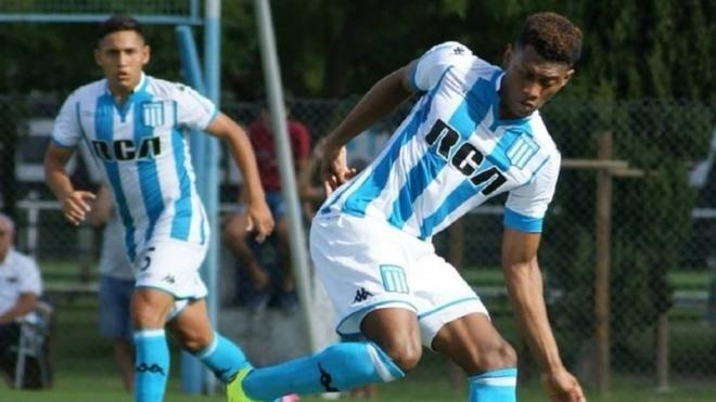 Mateo Casierra, futbolista colombiano de Racing.