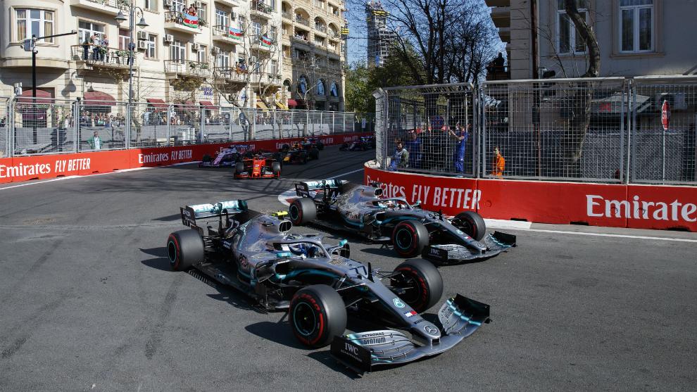 Bottas, por delante de Hamilton.