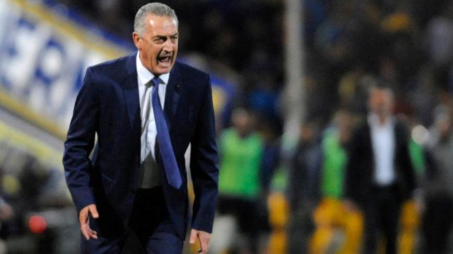Gustavo Alfaro obtuvo su primer título como entrenador de Boca