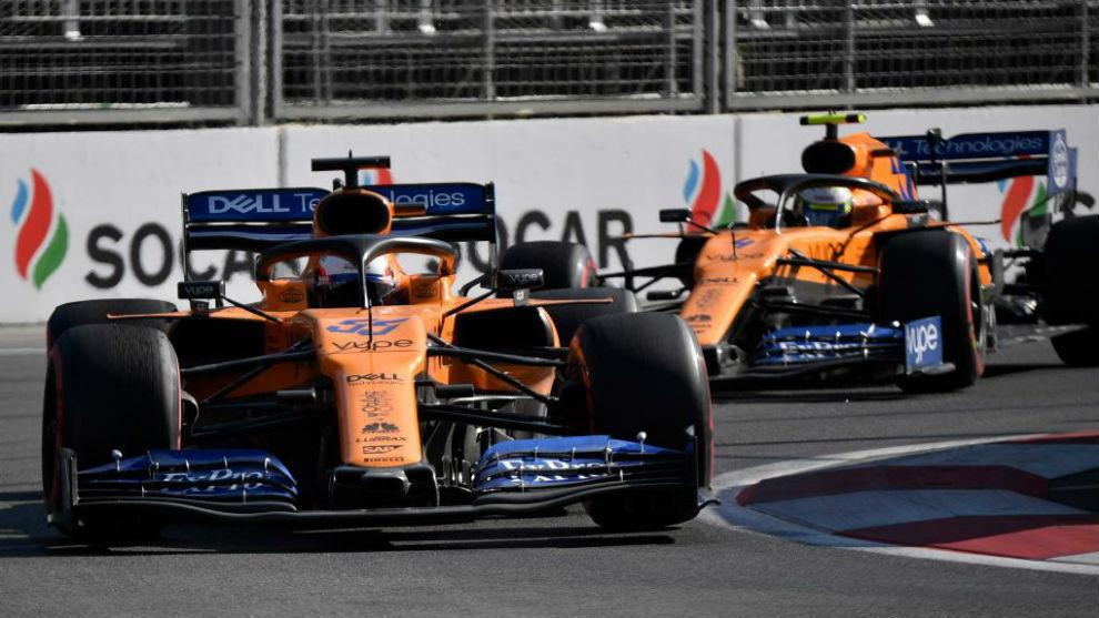 Los dos McLaren en un Gran Premio de esta temporada del Mundial de...