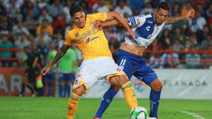 Una acción entre Pachuca y Tigres de la Liguilla del Clausura 2019.