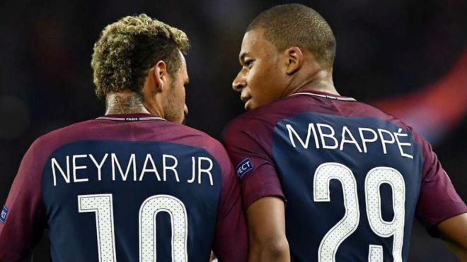 Neymar y Mbappe podrían jugar en La Bombonera