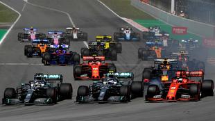 Hamilton, Bottas y Vettel, en el arranque de la carrera.