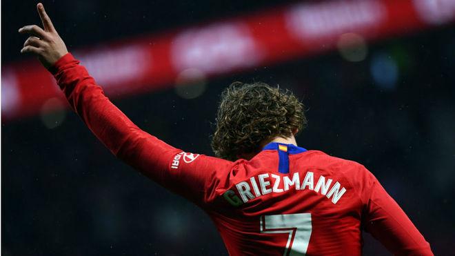 Griezmann festeja uno de los 133 goles que hizo en el Atlético de...