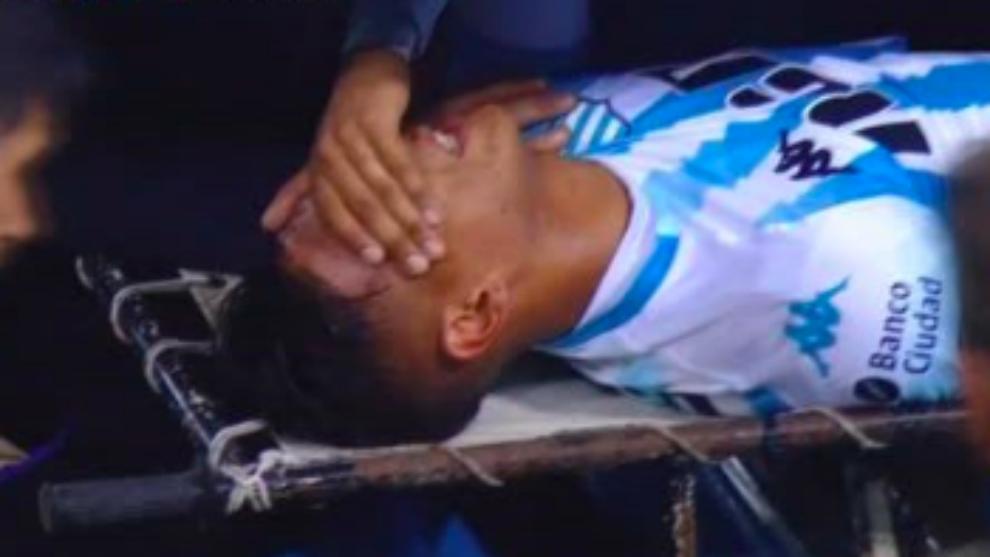 Zaracho, el primer lesionado en Racing vs Tigre.