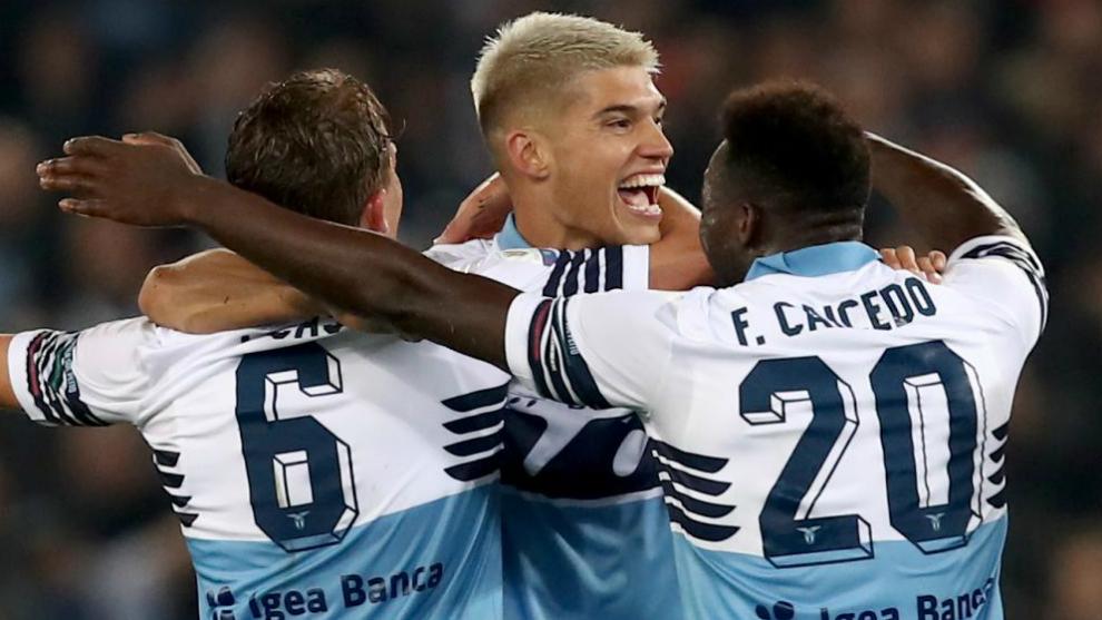 Correa, celebra el segundo de la Lazio ante el Atalanta en la Copa de...