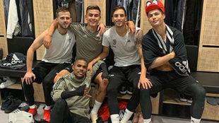 Pjanic, Dybala, Betancur, Cristiano y Douglas Costa.