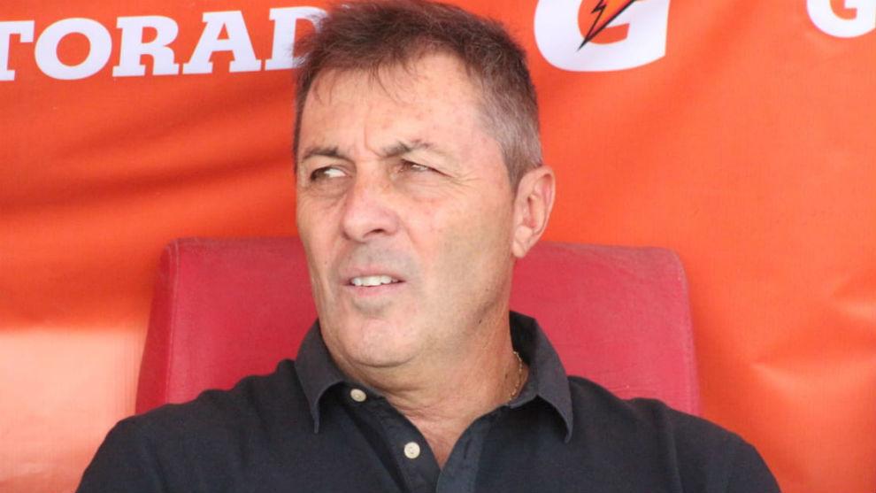 Kudelka regresa al fútbol argentino para dirigir a Newell's