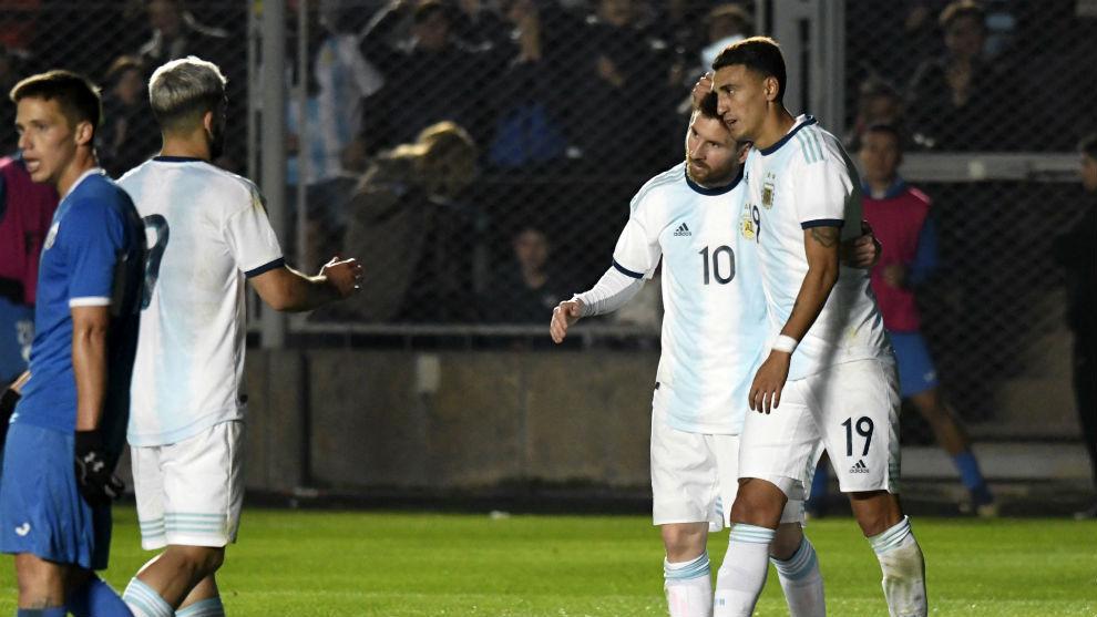 Aguero, Messi y Suárez, buenas sensaciones del tridente.
