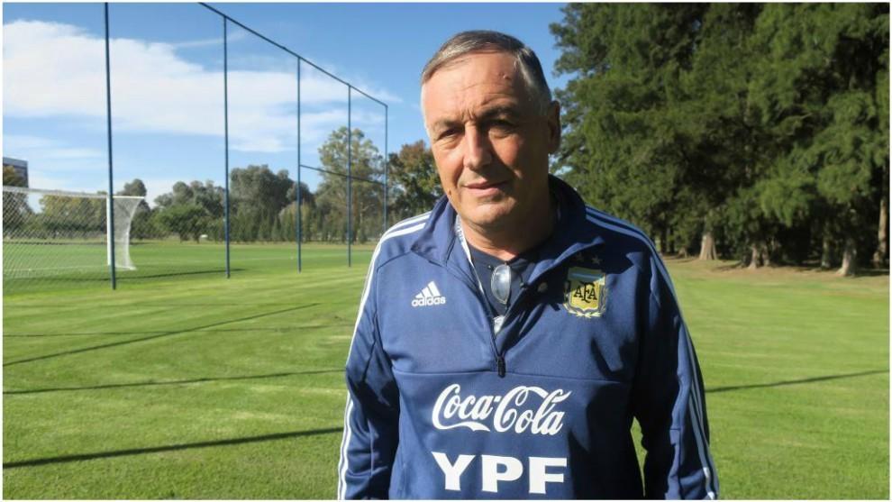 Carlos Borrello, seleccionador de Argentina en el Mundial Femenino...