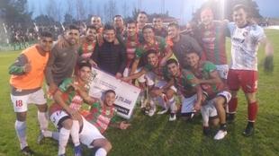 Sportivo Las Parejas eliminó a Newell's por la Copa Santa Fe