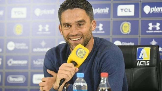 Matías Caruzzo desmintió los rumores sobre su salida de Rosario...