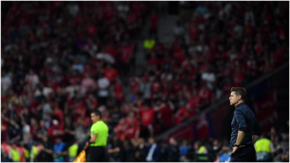 Mauricio Pochettino es el técnico del Tottenham inglés