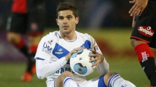 Fernando Gago no piensa en el retiro y se acerca a Vélez