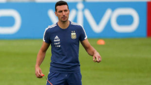 Scaloni patea el tablero para enfrentar a Paraguay