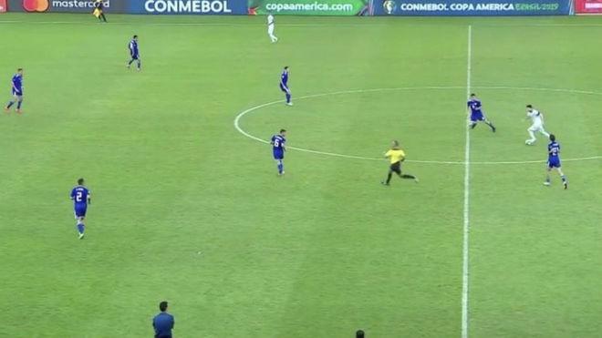 Leo Messi contra Paraguay.