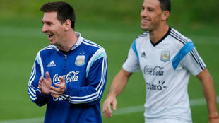 Maxi Rodríguez bancó a Messi