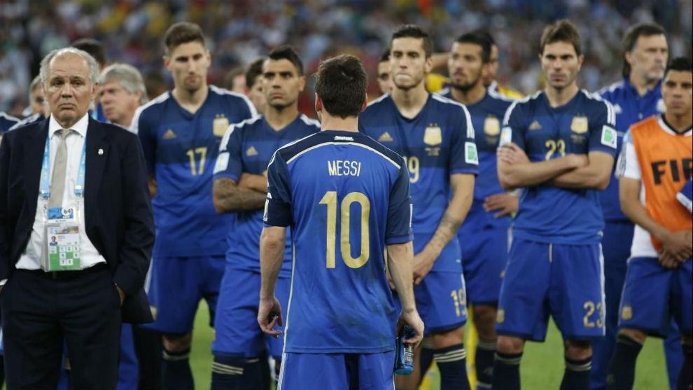 La decepción de Argentina tras perder la final del Mundial 2014 ante...
