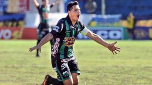 Gomito Gómez colgó lo botines