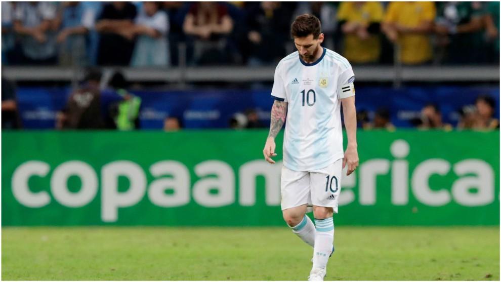 Resultado de imagen para Messi expulsado en la copa america 2019