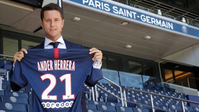 Oficial: Ander Herrera llega libre al PSG y firma hasta 2024