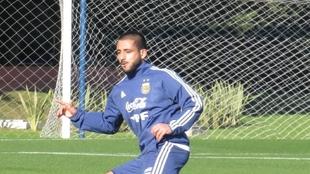 Vargas en un entrenamiento con la Selección Argentina