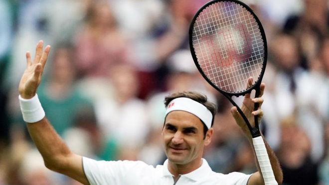 Federer ya es centenario sobre el césped de Wimbledon