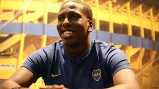 Es el primer venezolano que juega en Boca.
