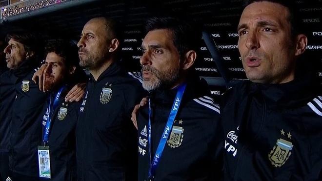 Roberto Ayala, integrante del cuerpo técnico de la Selección...