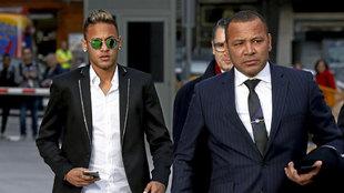 Neymar y su padre declaran en España.