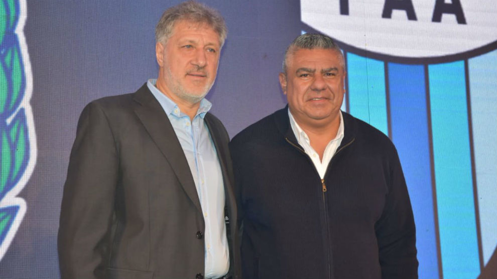 Sergio Marchi junto a Claudio Tapia