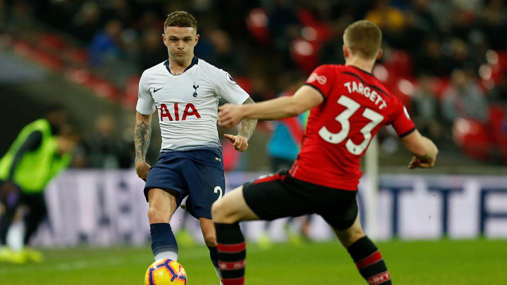Trippier, en un partido con el Tottenham.