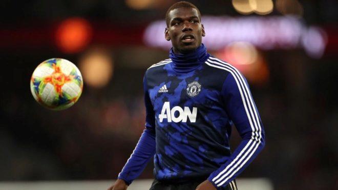 Pogba, en un calentamiento con el Manchester United.
