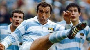 Hugo Porta marcó los 21 puntos del empate en 1985