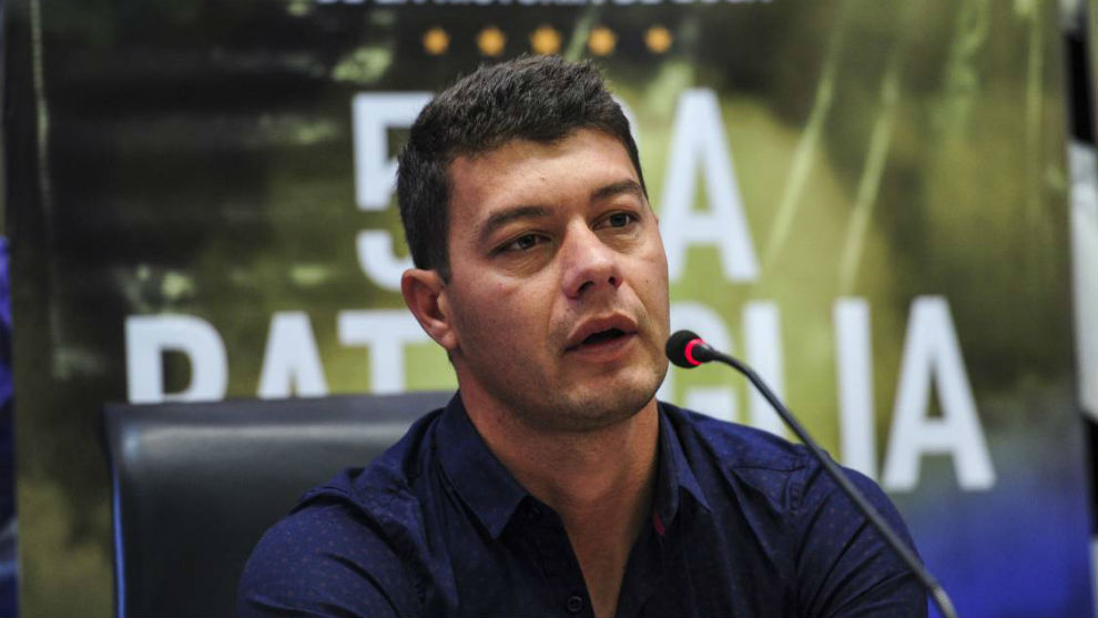 Sebastián Battaglia le puso reparos a la llegada de De Rossi