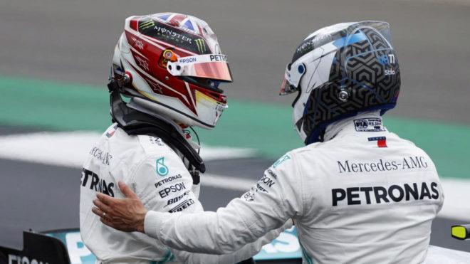 Hamilton y Bottas en Silverstone.