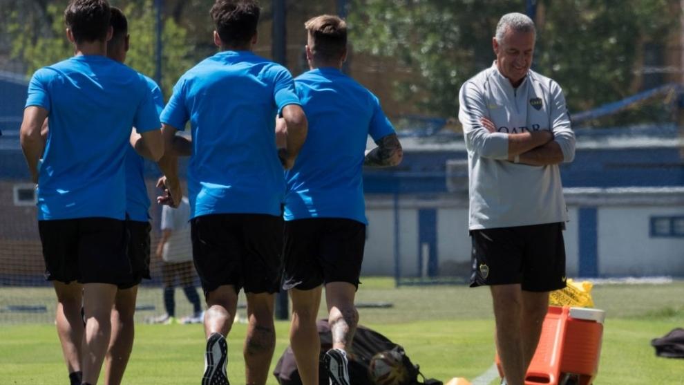 Gustavo Alfaro durante una práctica de Boca