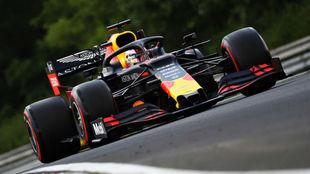 Verstappen logra la pole en Hungría