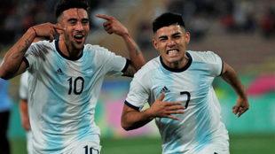 Fernando Valenzuela (7) fue una de las figuras de Argentina en los...