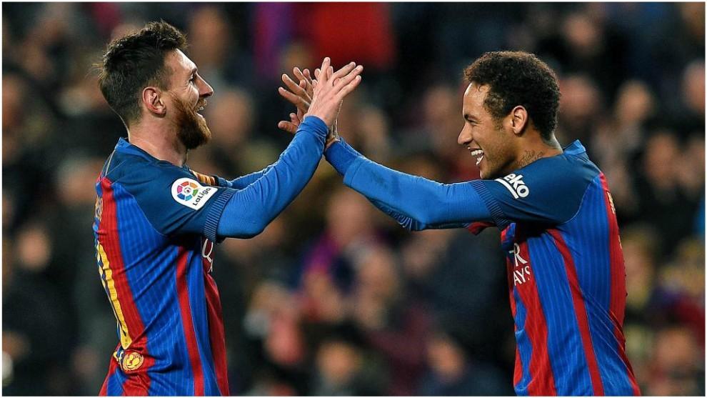Leo Messi y Neymar compartiendo equipo en el Barcelona.