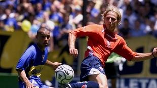 A Forlán lo querían Boca y River, pero se quedó en Independiente
