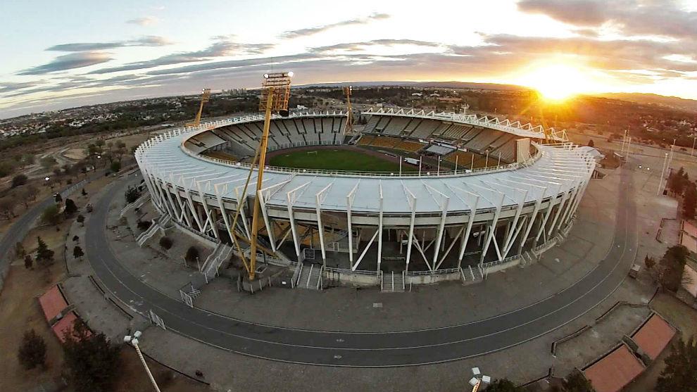 El estadio Mario Alberto Kempes, con negociaciones avanzadas para...