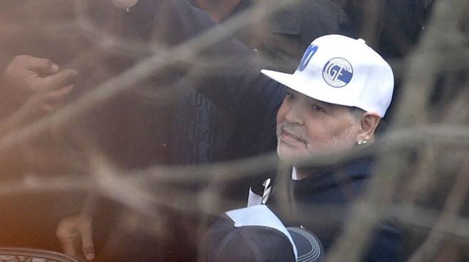 La presentación de Diego Maradona en Gimnasia, en vivo y en directo