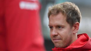 """La prensa italiana destrona a Vettel: """"Un error indigno de un..."""