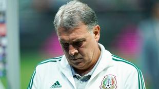 Gerardo Martino sufre su primera derrota como DT de México.