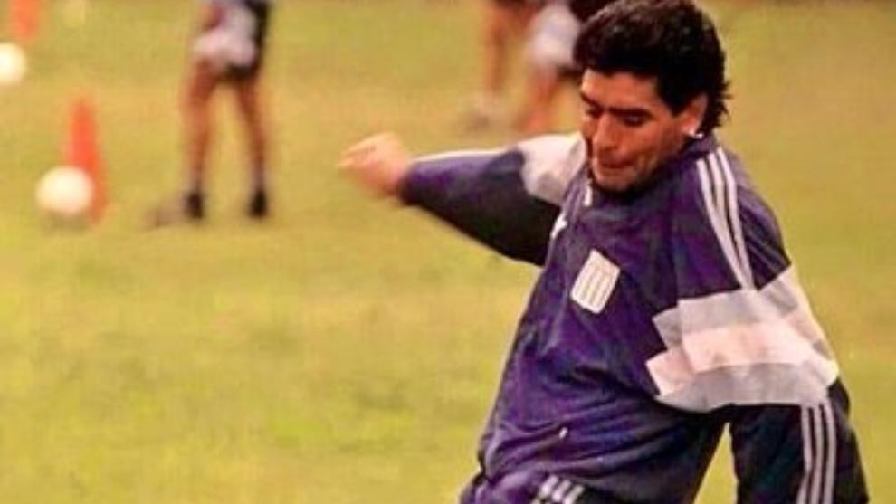 Maradona como DT de Racing en el 95