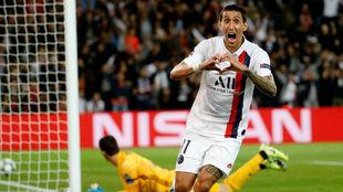 Di María celebra uno de los dos tantos anotados ante el Real Madrid...